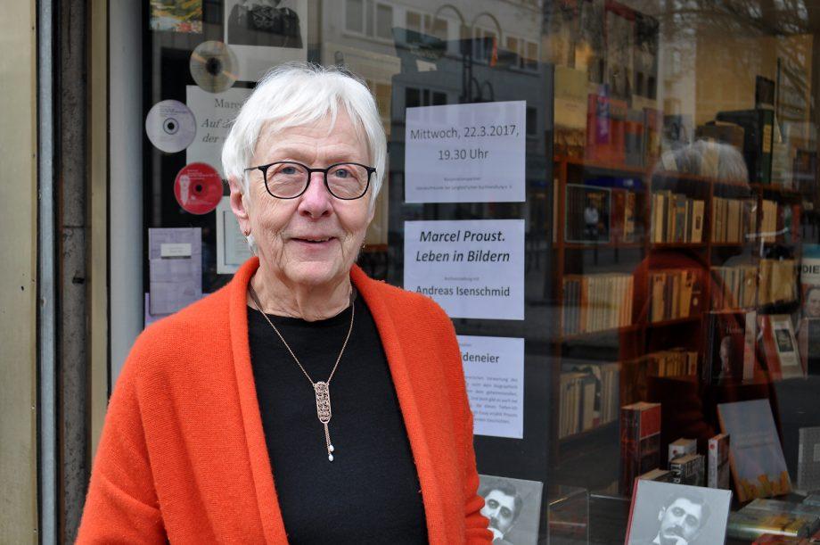 Die älteste aktive Buchhändlerin
